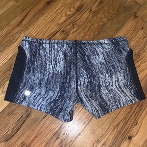 Lululemon sweat 2 swim water shorts